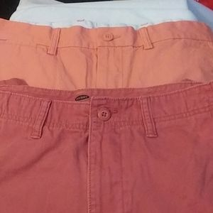 Old navy shorts lot of 2 size plus 32